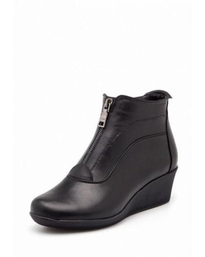 Кожаные ботинки на каблуке Stormania