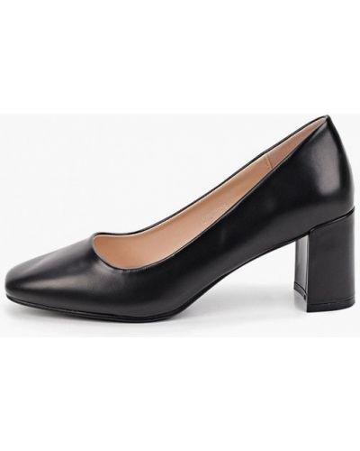 Черные кожаные туфли закрытые Tulipano