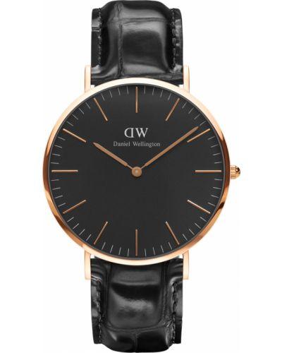 Часы водонепроницаемые с кожаным ремешком шведский Daniel Wellington
