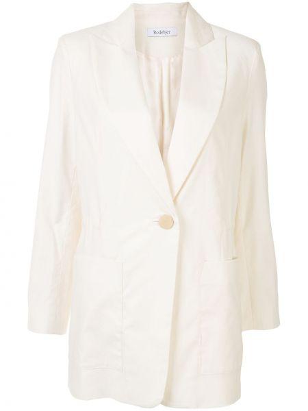 С рукавами белая прямая куртка с карманами Rodebjer