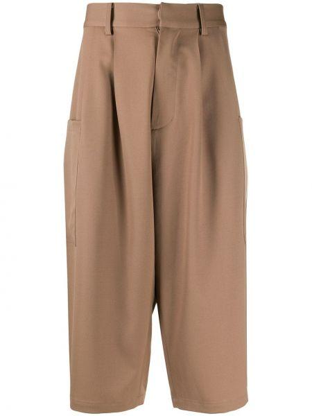 Krótkie szorty khaki z paskiem wełniane Ambush