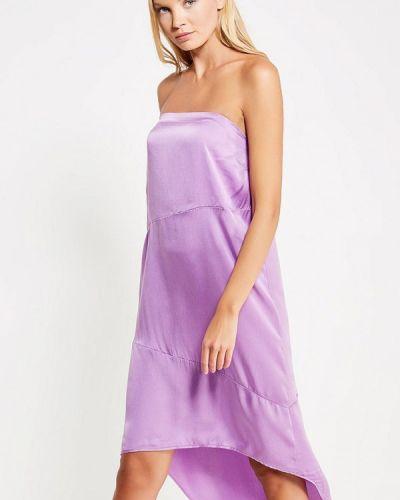 Платье с открытыми плечами осеннее Sack's