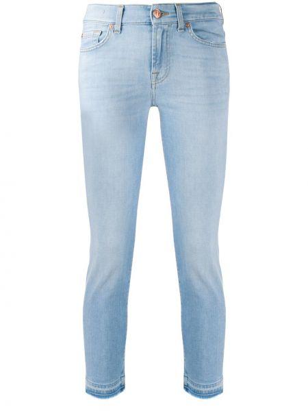 Укороченные джинсы с подворотами на пуговицах 7 For All Mankind