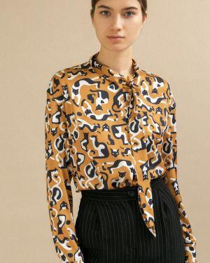 Блузка с бантом спущенная Emka