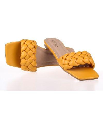 Шлепанцы - желтые Sopra