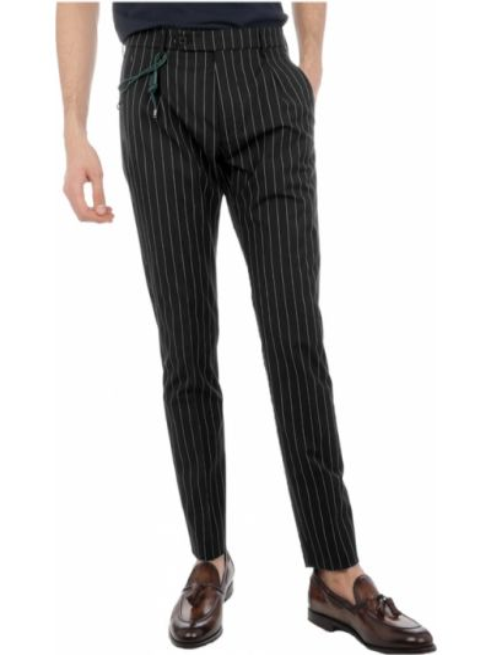 Czarne spodnie w paski Berwich