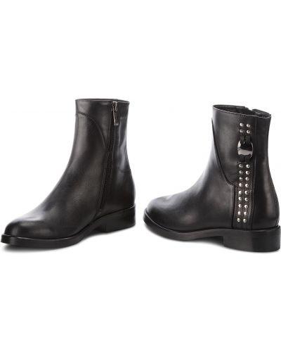 Ботильоны на каблуке - черные Maccioni