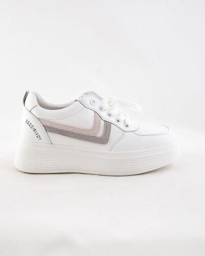 Белые ботинки осенние Farinni