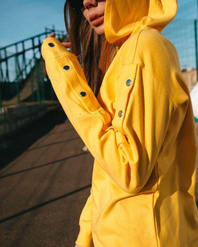 Желтая кофта с капюшоном Street Style