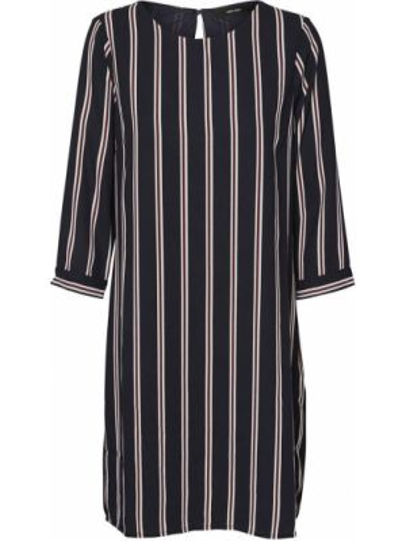 Платье миди прямое с длинными рукавами Vero Moda
