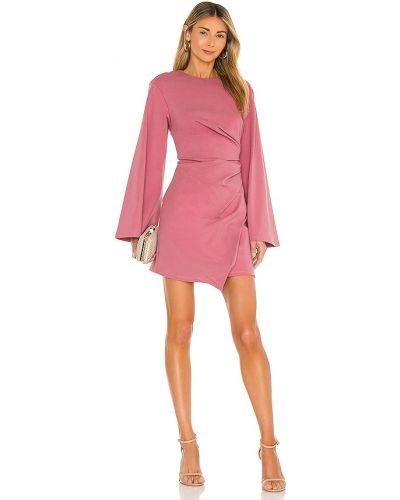 Деловое трикотажное розовое платье Elliatt