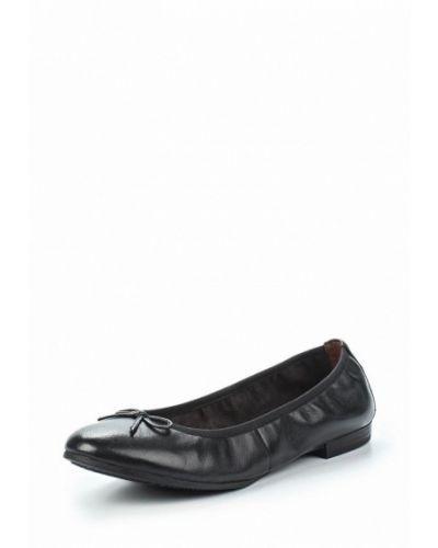 Черные кожаные балетки Tamaris