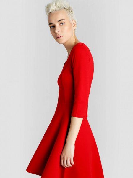 Платье осеннее прямое Ostin