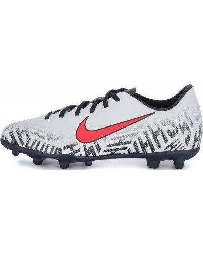 Бутсы футбольные кожаный Nike