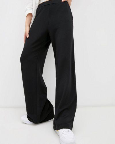 Черные брюки-бананы Banana Republic
