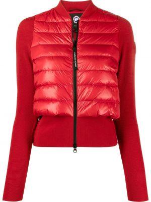 Красная куртка с нашивками на молнии Canada Goose