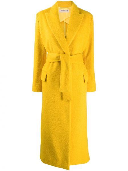 Желтое длинное пальто с поясом Blanca