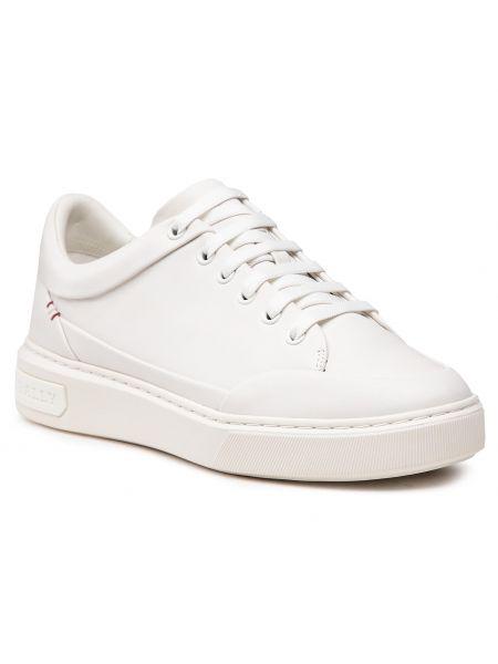Białe półbuty casual Bally