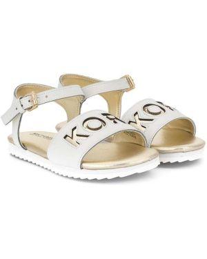 Открытые кожаные белые сандалии с открытым носком Michael Kors Kids