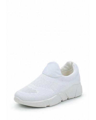 Белые кроссовки Patrol