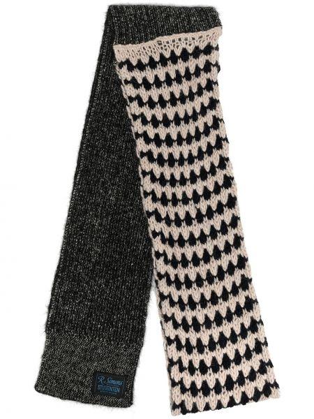 Trykotowy akryl czarny trykotowy szalik z łatami Raf Simons