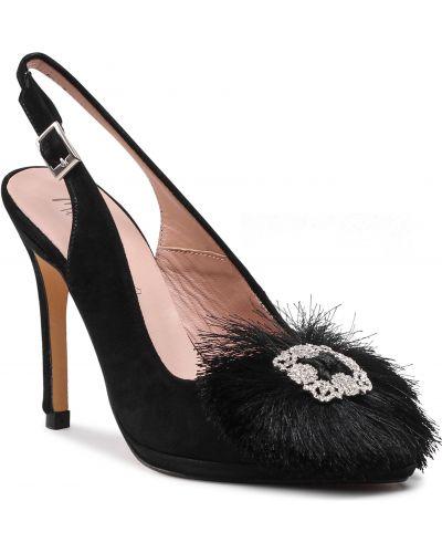 Czarne sandały zamszowe Menbur