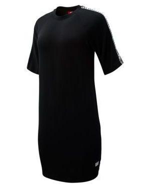 Sukienka bawełniana z raglanowymi rękawami New Balance