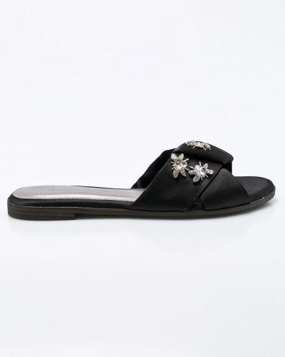 Черные сандалии текстильные Tamaris