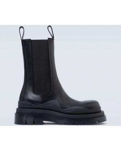 Кожаные черные кожаные ботинки круглые с круглым носом Bottega Veneta