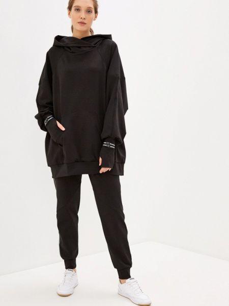 Черный спортивный костюм Malaeva