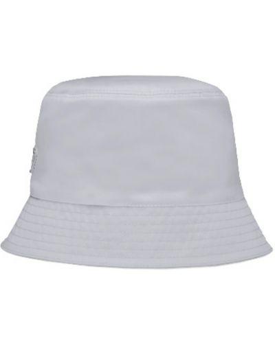 Biała czapka Prada