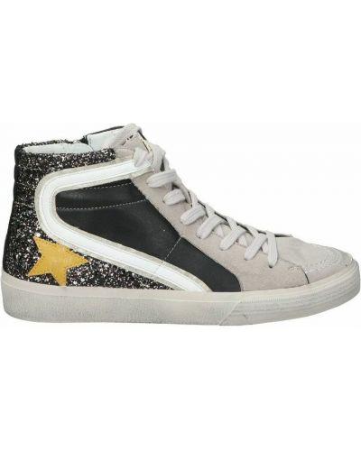 Czarne sneakersy Corina