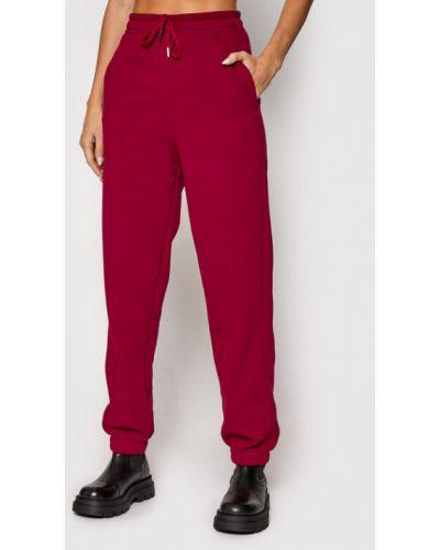 Spodnie dresowe bordowe Gestuz