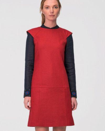 Повседневное платье осеннее красный Garmoniya