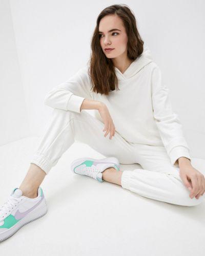 Костюмный белый спортивный костюм Irma Dressy