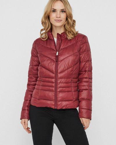 Красная теплая куртка Vero Moda