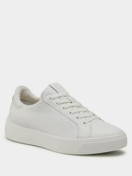 Белые низкие кеды Ecco