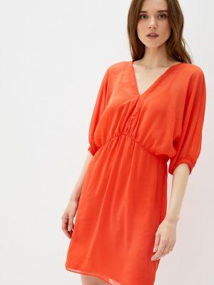 Прямое красное платье А-силуэта Naf Naf