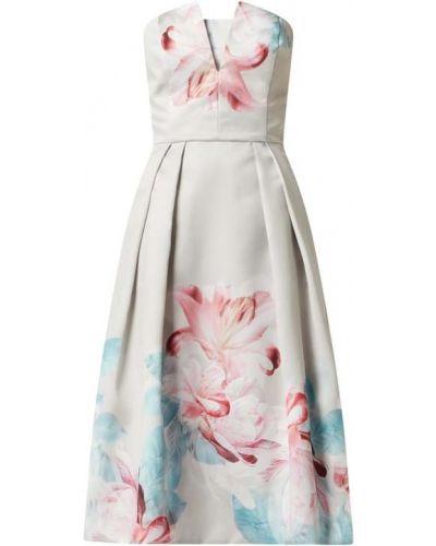 Sukienka rozkloszowana Swing