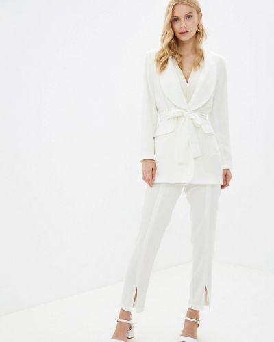 Брючный костюм белый Imocean