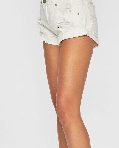 Джинсовые шорты белые с карманами Glamorous