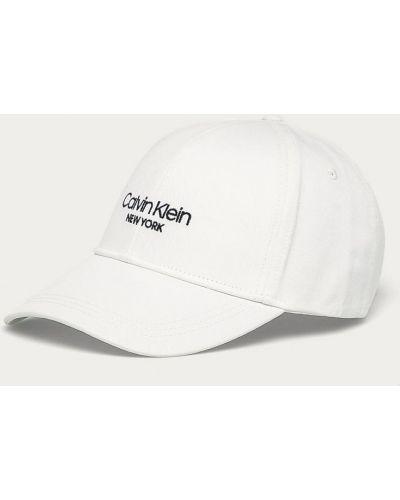 Biały kapelusz bawełniany z printem Calvin Klein
