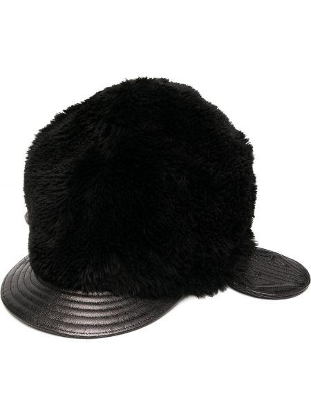 Czarny kapelusz skórzany z printem Chloe