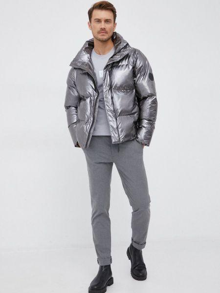Дутая куртка Rains