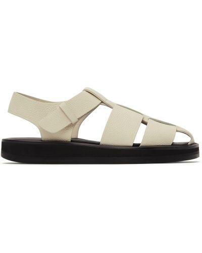 Белые сандалии с пряжкой The Row