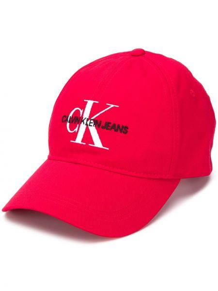 Кепка красная с логотипом Calvin Klein
