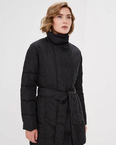 Зимняя куртка черная осенняя La Reine Blanche