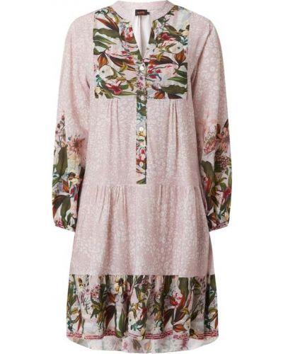 Sukienka rozkloszowana z falbanami - różowa Miss Goodlife