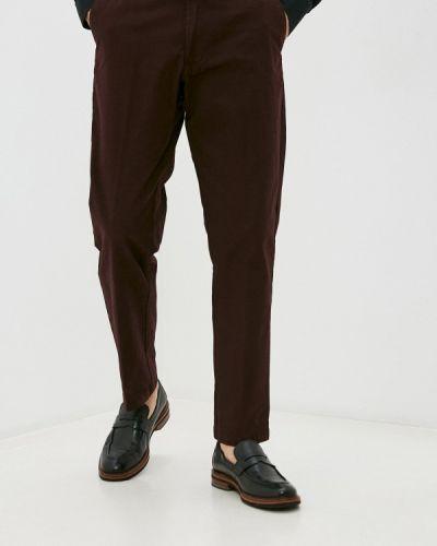 Красные брюки Marks & Spencer