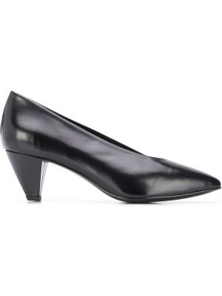 Черные туфли-лодочки с острым носом из натуральной кожи на каблуке Dorateymur